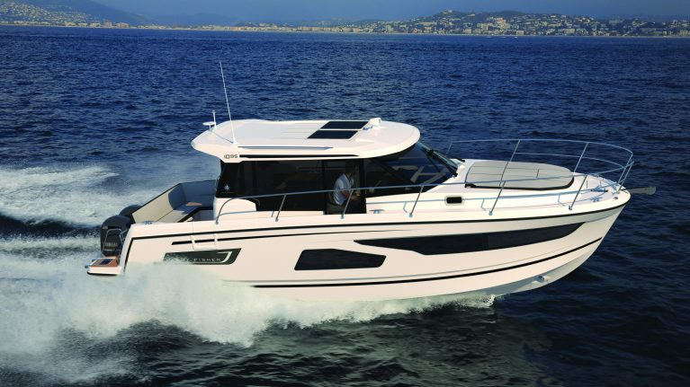 Premiere for Jeanneau Merry Fisher 1095 at Sydney Boat Show Published in July 19, 2018